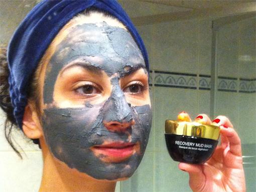 Un masque à la boue de la Mer Morte - Poulette Blog
